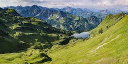 Germany, Bavaria, Allgaeu, Allgaeu Alps, Panorama of Zeigersattel, Seealpsee, Hoefats left - WGF01165