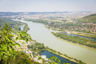Austria, Upper Austria, Langenzersdorf and Danube river, view from Leopoldsberg - AIF00443