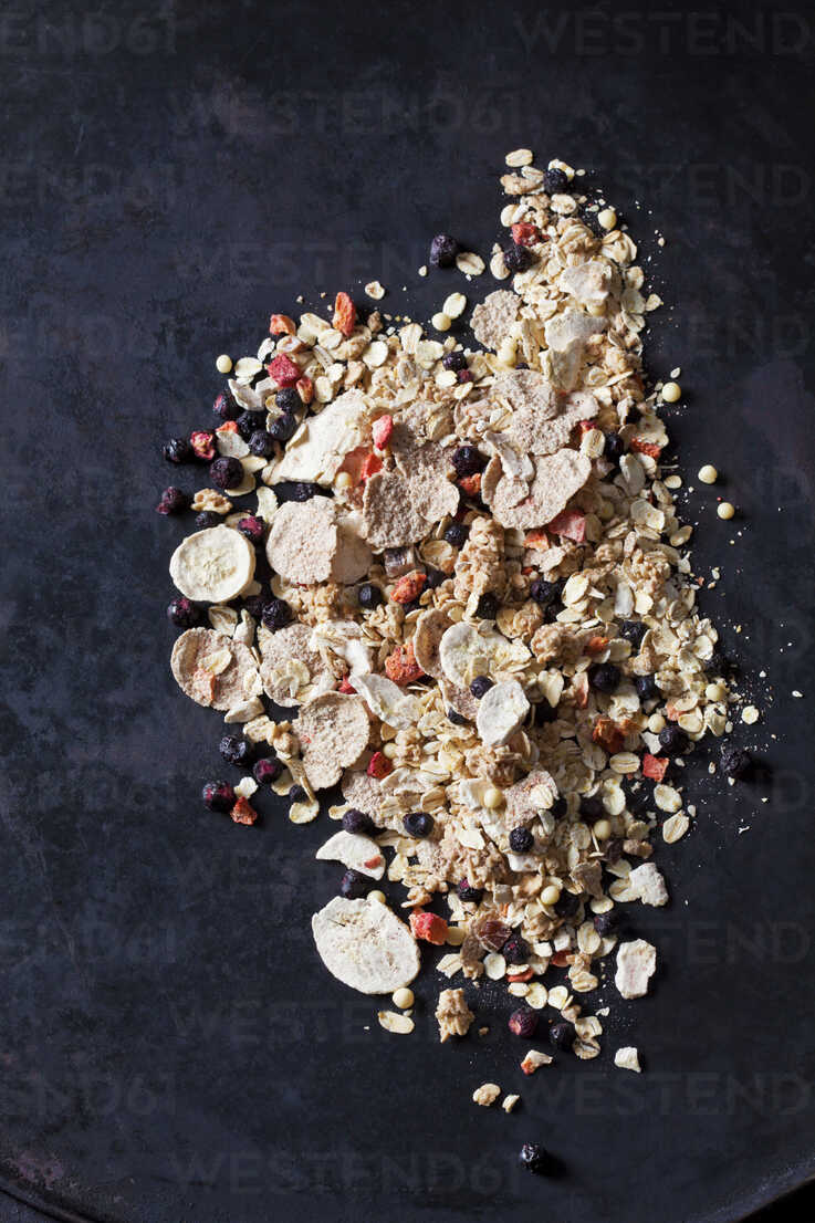 Fruit muesli with dried fruits - CSF28865 - Dieter Heinemann/Westend61