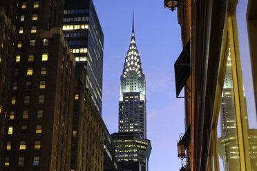 USA, New York City, Crysler Building at dusk - SEEF00013