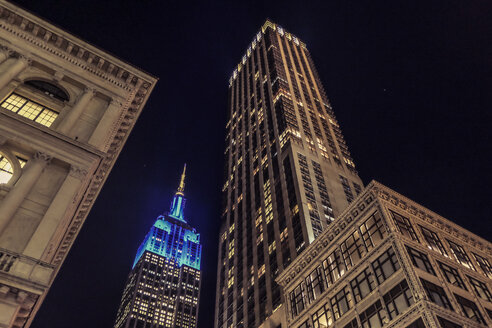 USA, New York City,  Empire State Building at night - SEEF00022