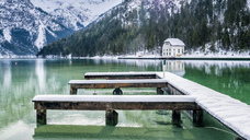 Austria, Tyrol, Ammergau Alps, Lake Plansee in winter, mooring area - STSF01458