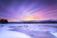 United Kingdom, Scotland, Highlands, Cairngorms National Park, Loch Morlich, sunrise - SMAF00932