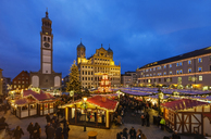 Germany, Bavaria, Augsburg, Christkindlmarkt, Perlach tower and townhall, townhall square, blue  hour - SIE07725