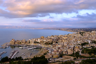 Italy, Sicily, Trapani, Castellammare del Golfo in the evening - LBF01775