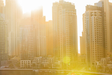 United Arab Emirates, Dubai, Dubai Marina and sun light - ZEF15020