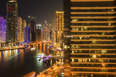 United Arab Emirates, Dubai, Dubai Marina at night - ZEF15026