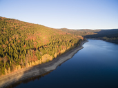 Germany, Bavaria, Bavarian Forest National Park, Drinking water reservoir Frauenau in autumn - FOF09836