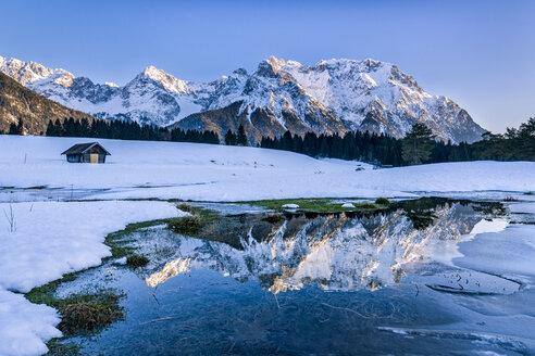 Germany, Bavaria, Upper Bavaria, Garmisch-Partenkirchen, Werdenfelser Land, Schmalensee - STSF01465