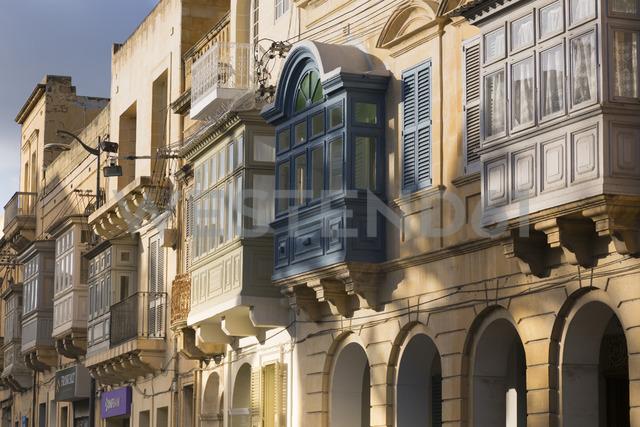 Malta, Gozo, Rabat, facades of houses with balconies - FCF01358