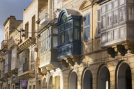 Malta, Gozo, Rabat, facades of houses with balconies - FCF01358