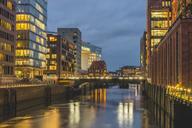 Germany, Hamburg, Hafencity, Brooktorhafen, View to Ericusspitze - KEBF00751