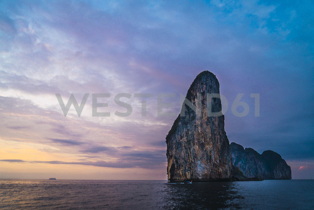 Thailand, Phi Phi Islands, Ko Phi Phi, island in the sea at sunset - KKAF00882