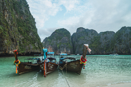 Thailand, Phi Phi Islands, Ko Phi Phi, moored long-tail boats - KKAF00885