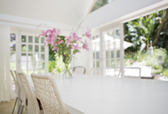 Dining room table and chairs - CAIF02625