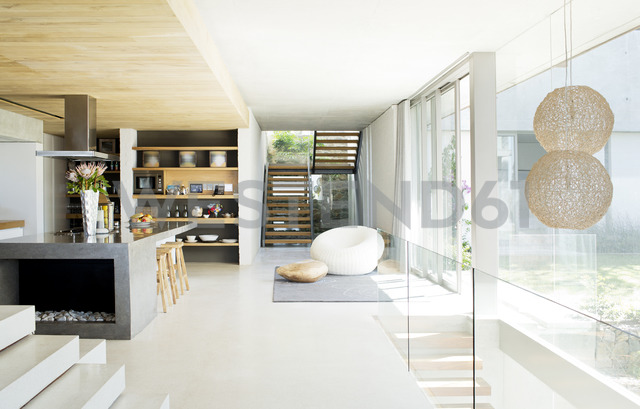 Open floor plan of modern house - CAIF02757