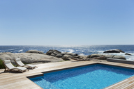 Swimming pool with ocean view - CAIF03669