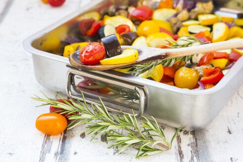 Mediterranean oven vegetables - LVF06763
