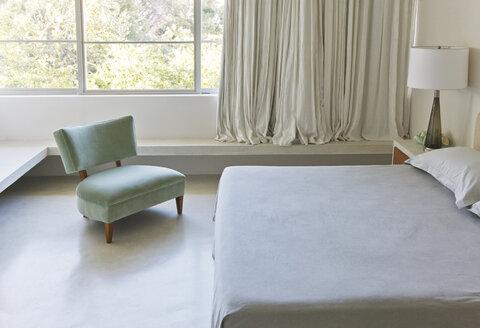 Modern bedroom - CAIF04509