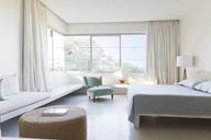 Modern bedroom - CAIF04515