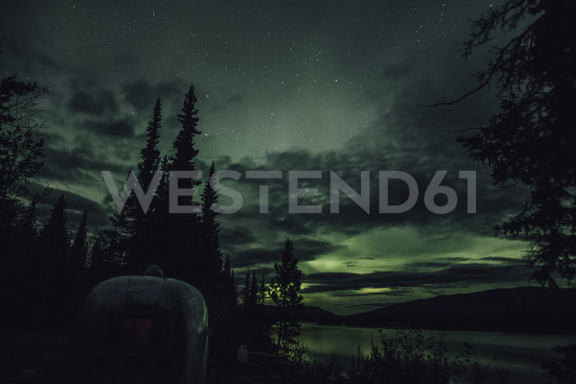 Canada, British Columbia, Boya Lake, Boya Lake Provincial Park, Northern Lights, starry sky at night - GUSF00379