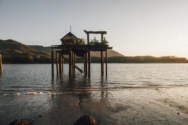 Canada, British Columbia, Kaien Island, Port Edward, Stilt hut - GUSF00388