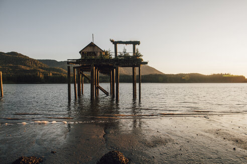 Canada, British Columbia, Kaien Island, Port Edward, Stilt hut - GUSF00388