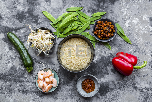 Ingredients for red curry with rice - SARF03597