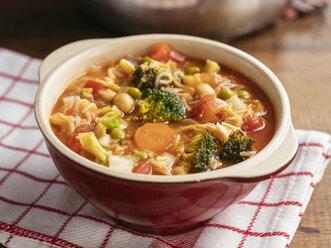 Minestrone, vegetable soup - HAWF00996