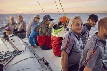 Friends sailing - CAIF10164