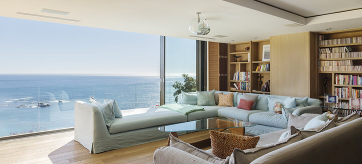 Living room overlooking ocean - CAIF17123