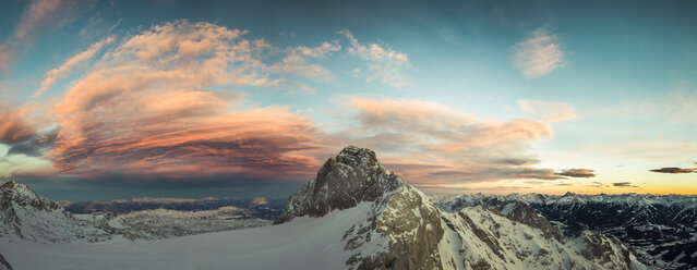 Austria, Salzkammergut, Koppenkarstein at sunset - STCF00479