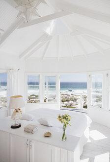 Bedroom overlooking ocean - CAIF18852