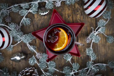 Mulled wine and christmas decoration - LVF06808