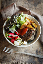 Vegetarian Bowl with salad, mushroom lentil fritters, country potatoes and salsa - EVGF03320