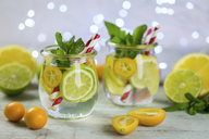 Infused water with lime, lemon, kumquat and mint - JUNF01017