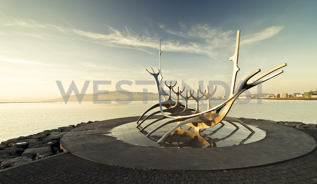 Iceland, Reykjavik, sculpure The Sun Voyager in the morning light - STC00551