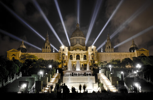 Spain, Bacelona, view to illuminated National Art Museum of Catalonia at night - STCF00560