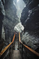 Austria, Salzburg State, Lofer, Vorderkaserklamm, wooden walkway - STCF00566
