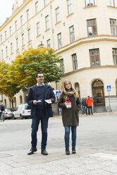 Charity volunteers on street - FOLF00826