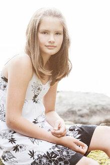 Portrait of girl wearing dress - FOLF01178