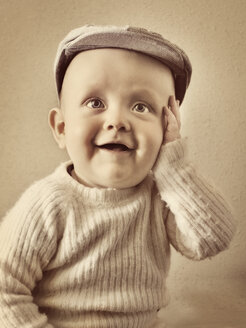 Portrait of cute baby boy - FOLF01371