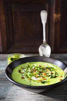 Cream of avocado soup, yogurt, bacon, mint pesto, fresh herbs - KSWF01888