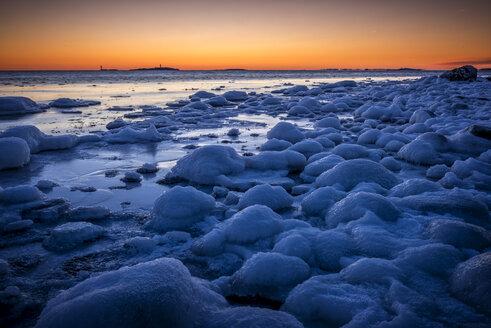 Frozen coast at sunset - FOLF02439