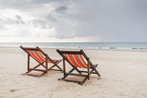 Two chairs on beach in Ko Lanta, Thailand - FOLF04831