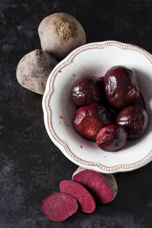 Raw and pickled beetroots - CSF29037