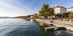 Germany, Baden-Wuerttemberg, Ueberlingen, lakeside promenade - WDF04538