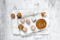 Donut holes with caramel sauce - SBDF03501