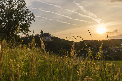 Austria, Upper Austria, Muehlviertel, Burg Clam in at sunset - AIF00469