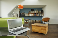 Germany, modern apartement with laptop - PESF01019